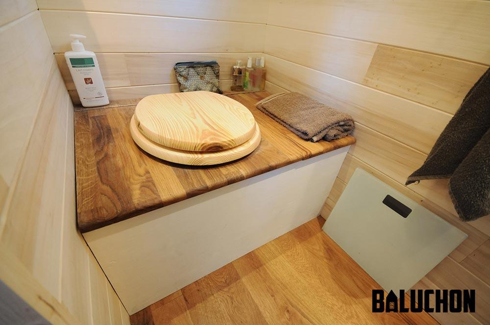 Bathroom - Avonlea by Baluchon