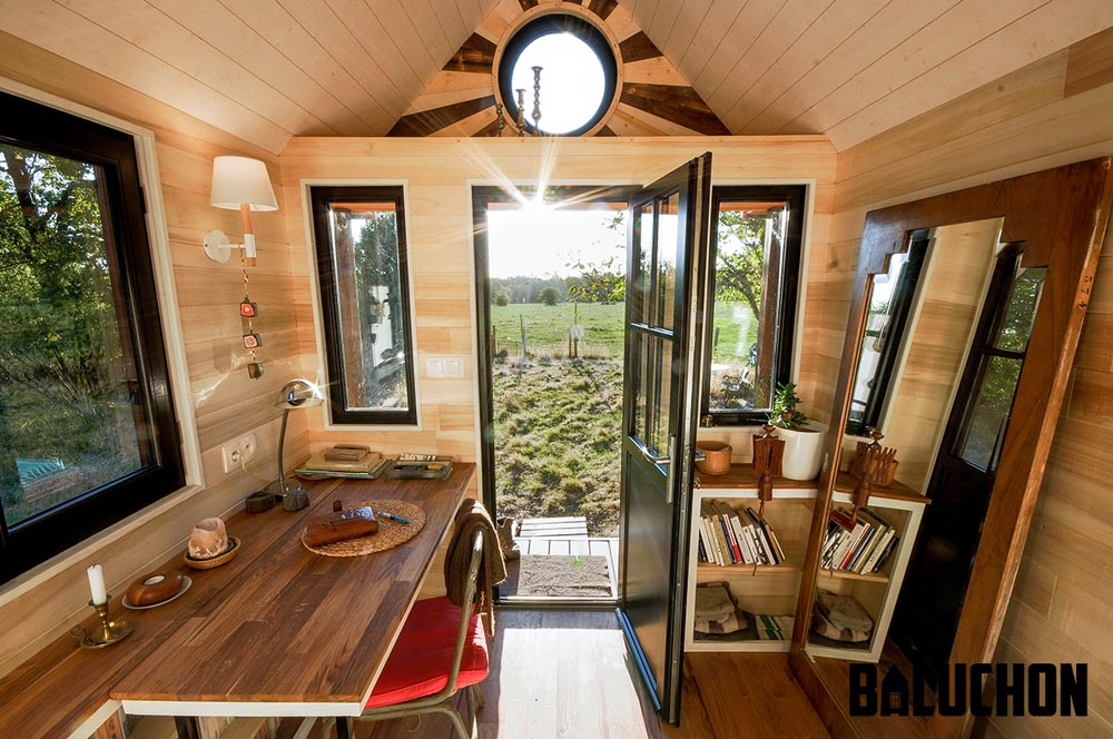 Tiny House Interior - Avonlea by Baluchon