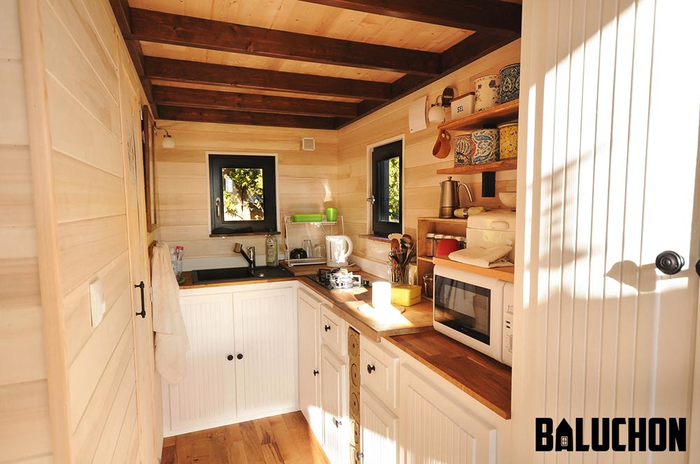 Kitchen - Avonlea by Baluchon
