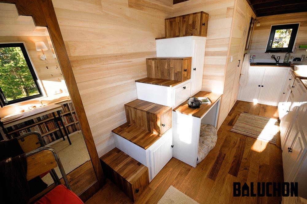 Storage Stairs - Avonlea by Baluchon