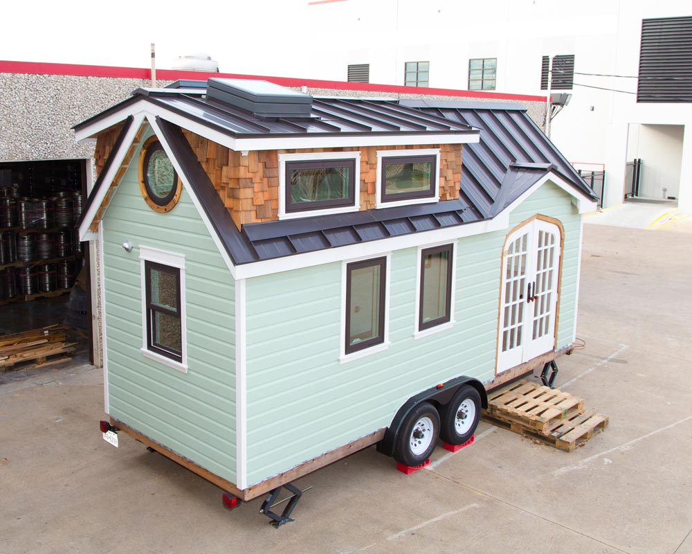 DIY Tiny House - Best Little House in Texas
