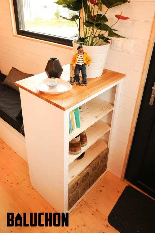 Table and Shelves - Calypso by Baluchon