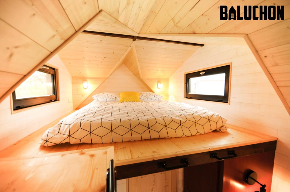 Double Dormers With Windows - Calypso by Baluchon