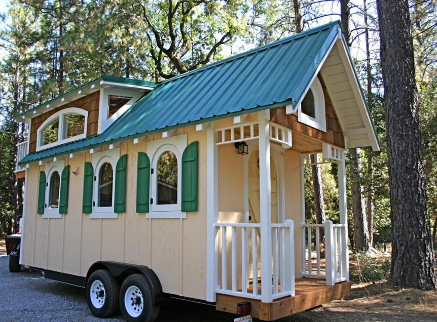 Chalet by Molecule Tiny Homes