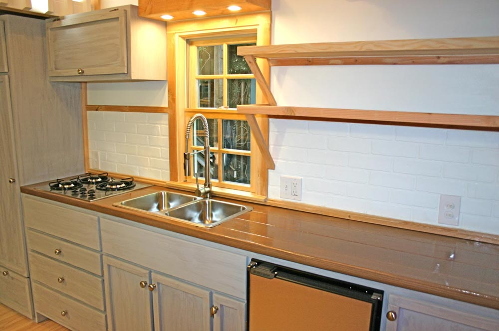 Kitchen Cabinets - Charwood Cabin by Molecule Tiny Homes