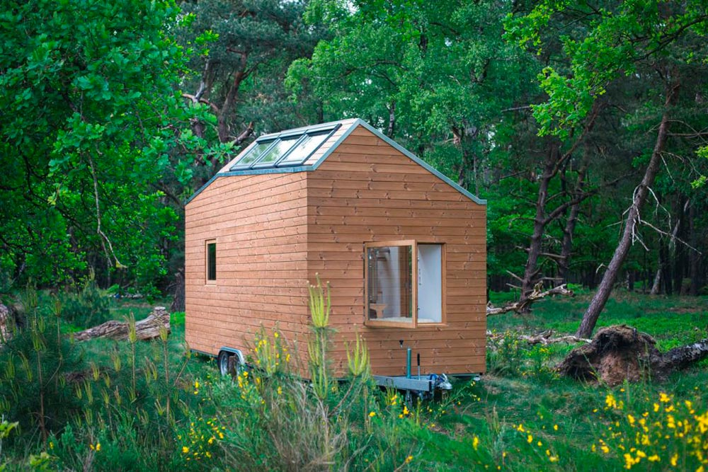 Off Grid Tiny House - Marjolein's Tiny House