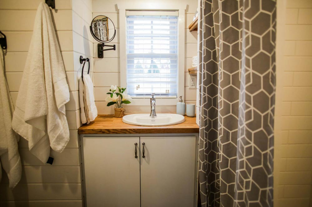 Bathroom - Modern Take Two by Liberation Tiny Homes
