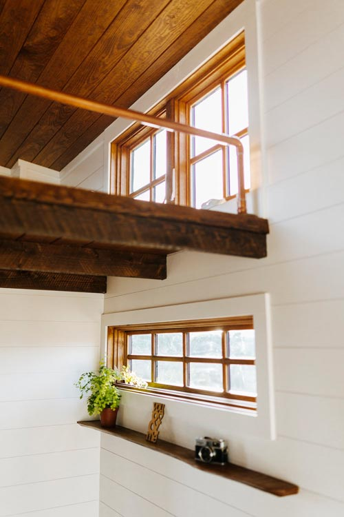 Copper Pipe Railing - Monocle by Wind River Tiny Homes