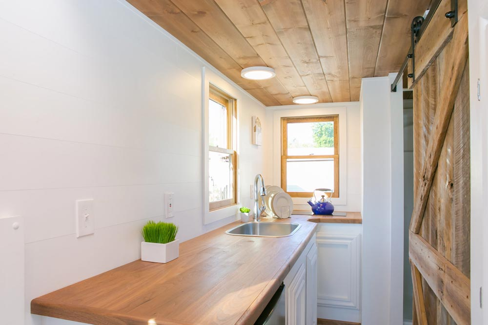 Walnut Counter - Roving by 84 Lumber