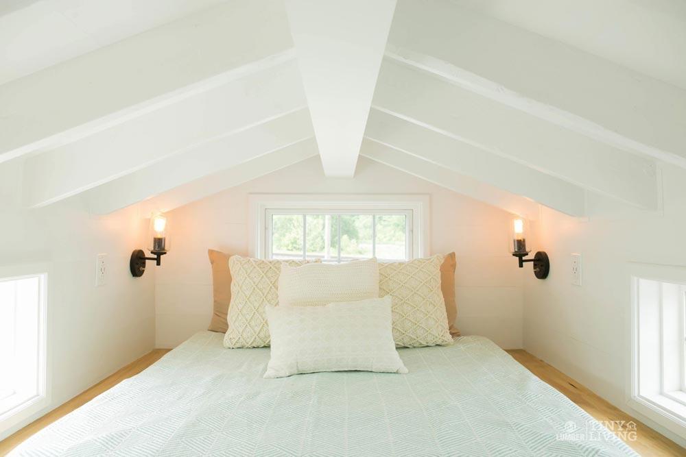Bedroom Loft - Red Shonsie by 84 Lumber