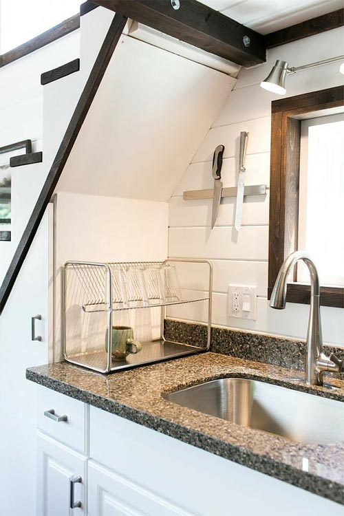 Quartz Counters - Shannon Black's Tiny House