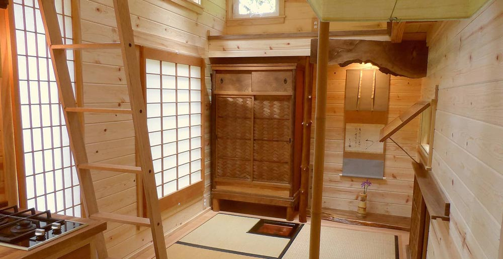 Interior View - Tea House by Oregon Cottage Company