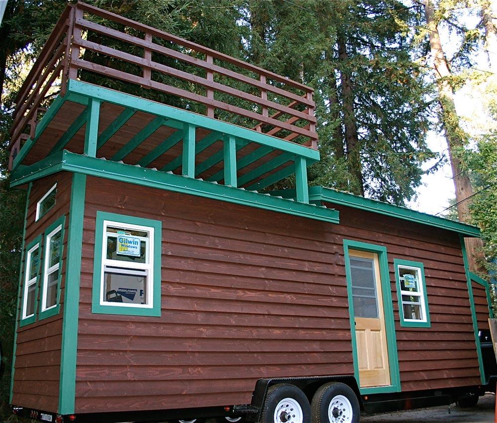 Dormer Loft Cottage By Molecule Tiny Homes: Venture By Molecule Tiny Homes