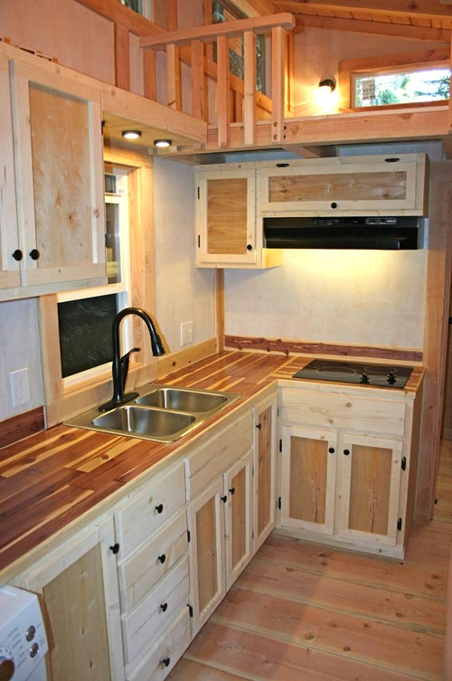 Butcher Block Counters - Venture by Molecule Tiny Homes