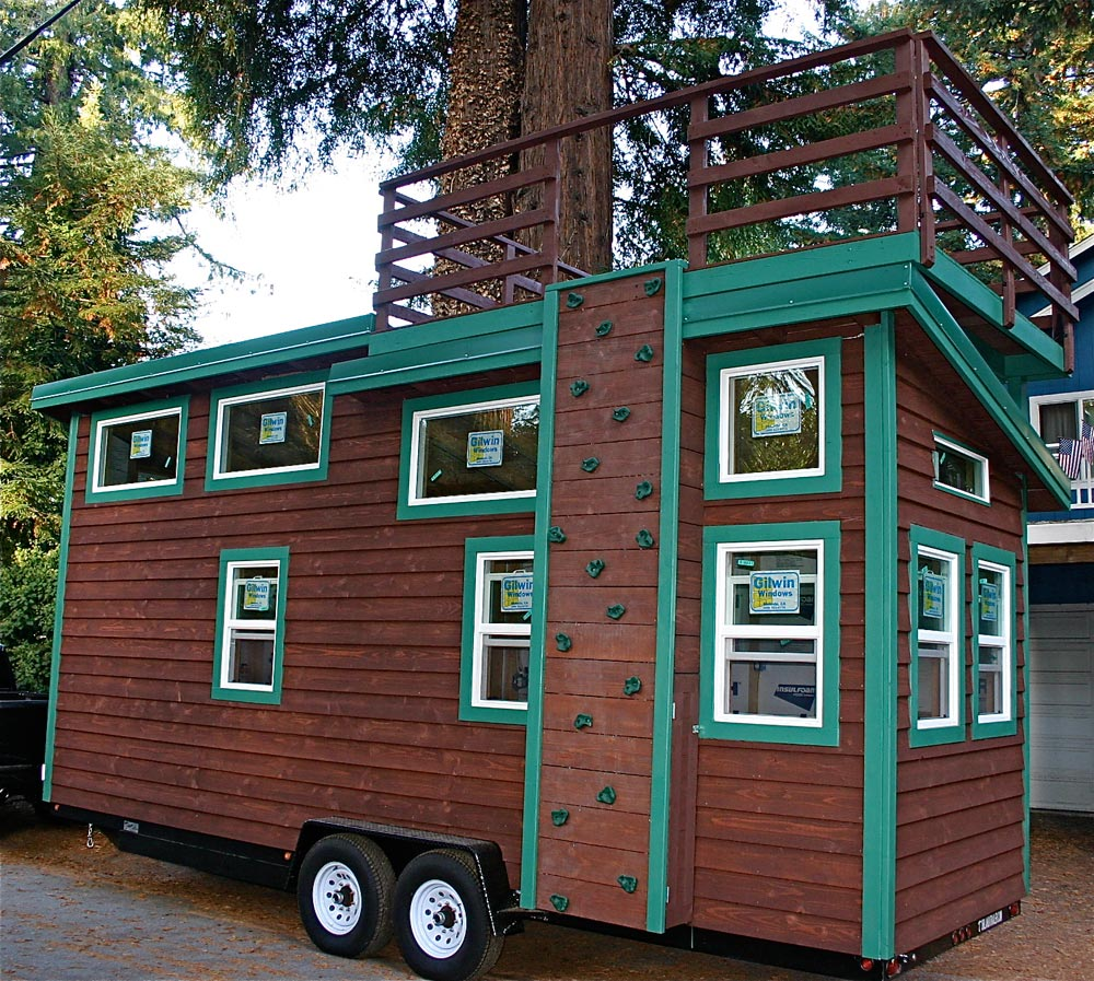 Venture by molecule tiny homes tiny living for Micro mini homes