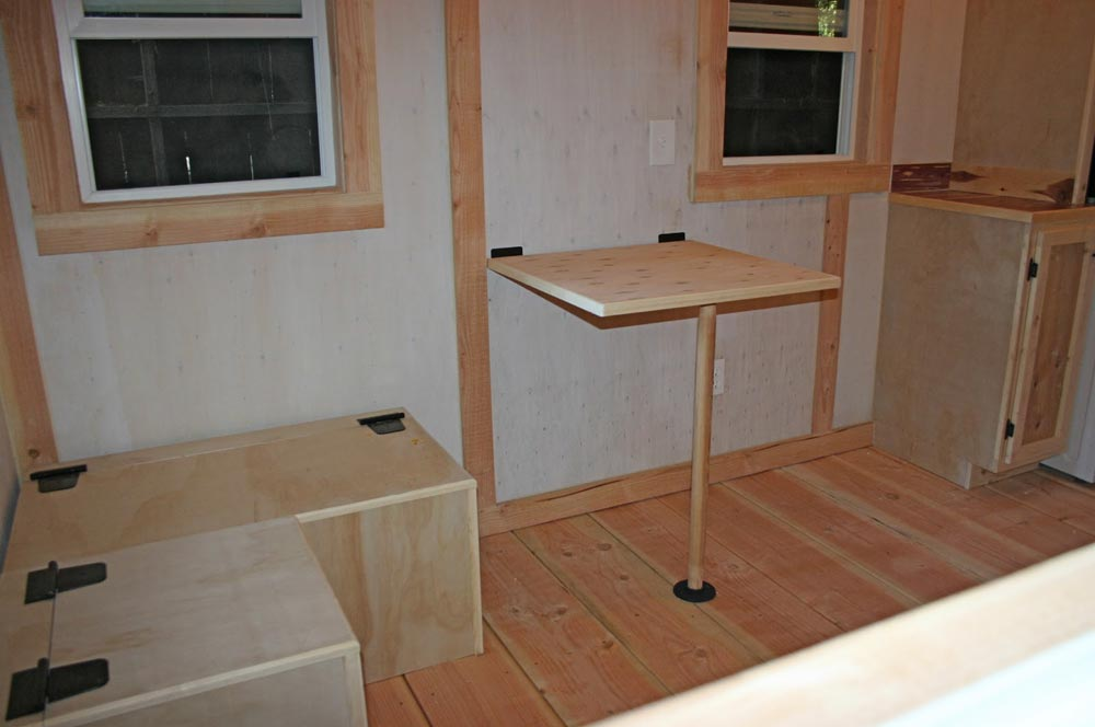 Tiny Home Designs: Venture By Molecule Tiny Homes