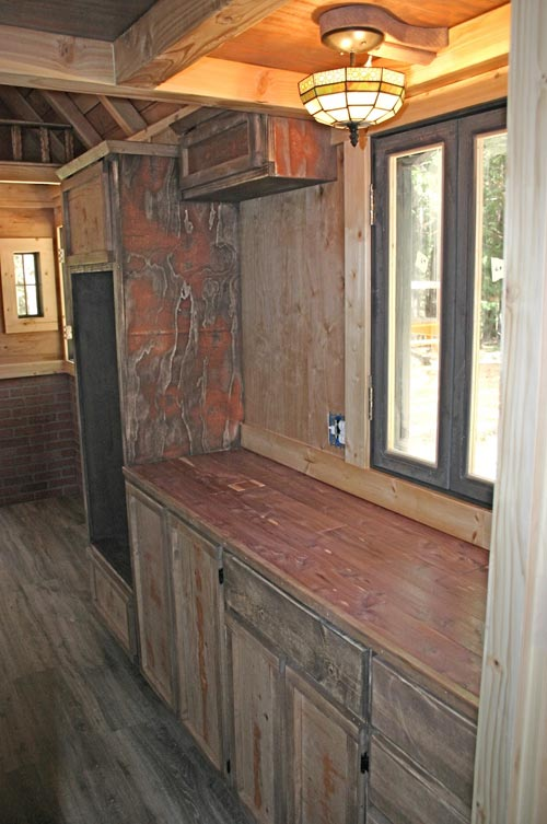 Kitchen Counter - 1904 by Molecule Tiny Homes
