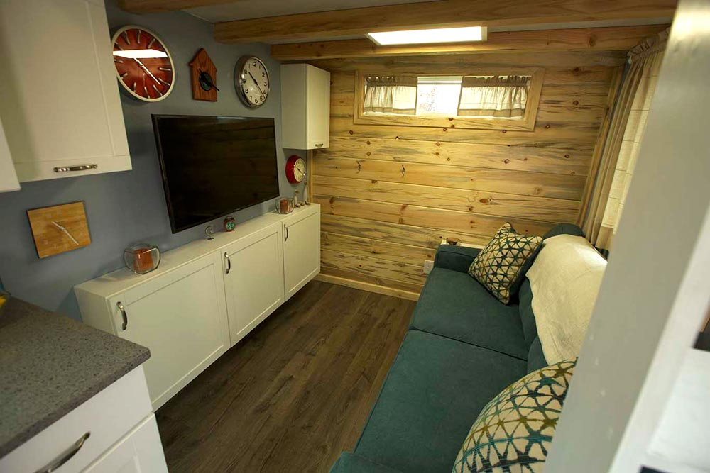 Living Room - Brown Bear by Alpine Tiny Homes
