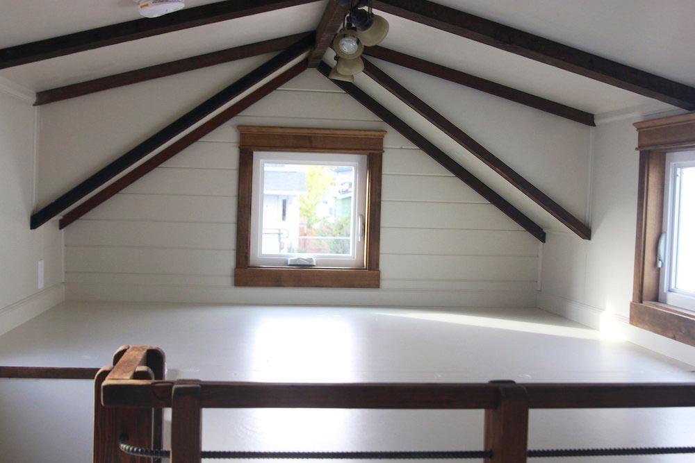 Bedroom Loft - Little Cedar by Handcrafted Movement