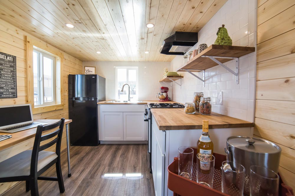 L-Shaped Kitchen - Mansion Elite by Uncharted Tiny Homes