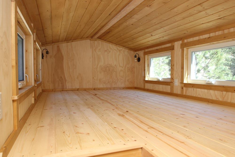 Bedroom Loft - ET by SimBLISSity