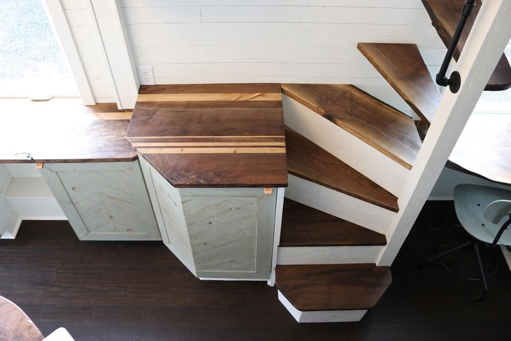 Reclaimed Walnut & Oak Counters - Tiny Getaway by Handcrafted Movement