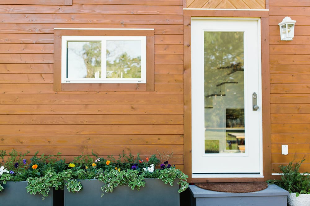 Entryway - Golden by American Tiny House