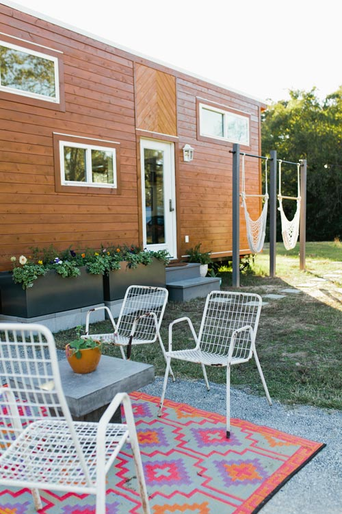 Outdoor Living - Golden by American Tiny House