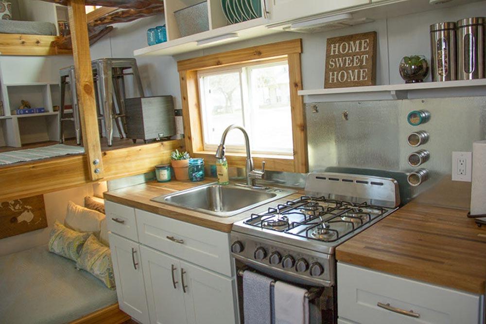 Kitchen - Homestead by Raw Design Creative