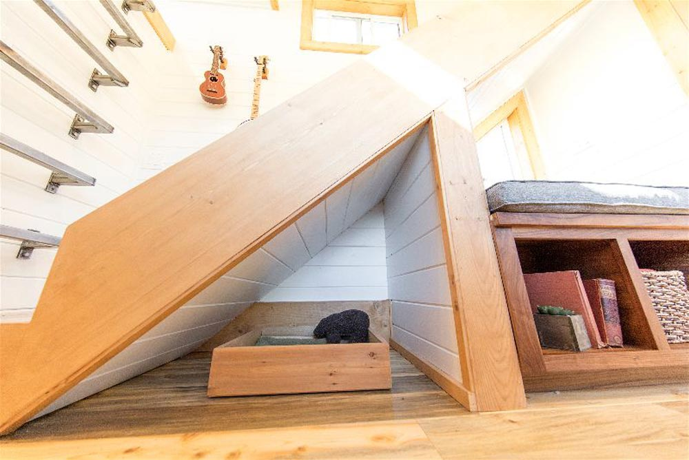 Dog Bed - Modern Mountain by Tiny Heirloom