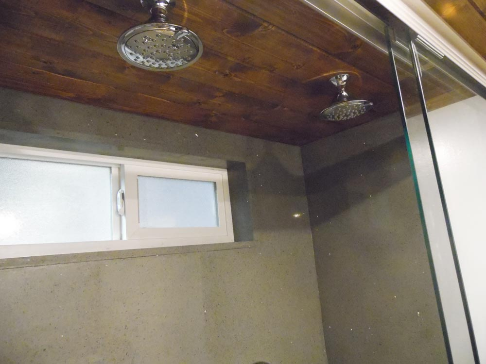 Dual Shower Heads - 27' Off Grid by Upper Valley Tiny Homes
