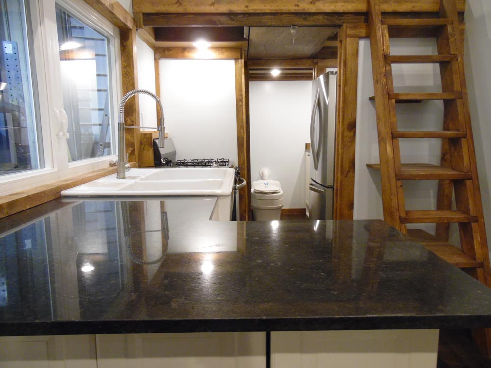 Granite Counters - 27' Off Grid by Upper Valley Tiny Homes