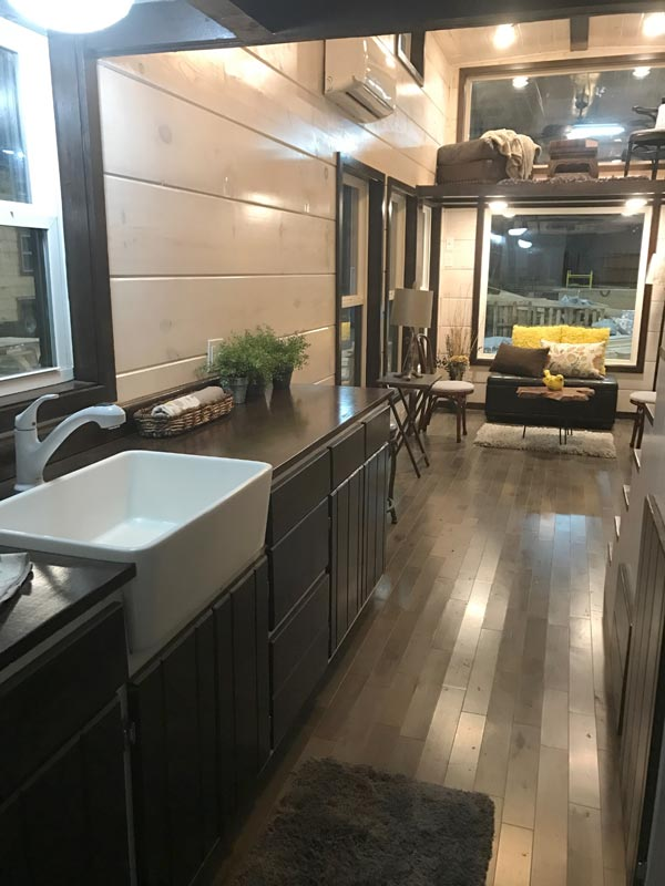 Farmhouse Sink - Riversong Lodge by Incredible Tiny Homes