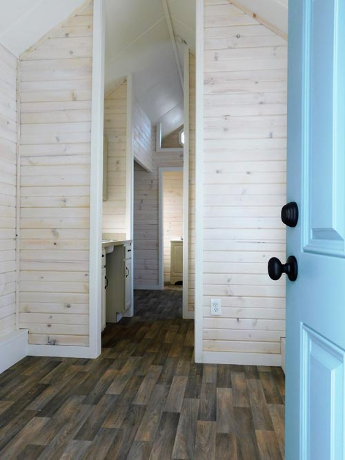 Entryway - Little Shack Out Back by Tiny Idahomes
