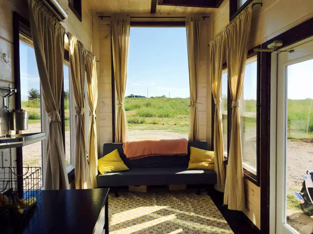 Picture Windows - Texas Style by Incredible Tiny Homes