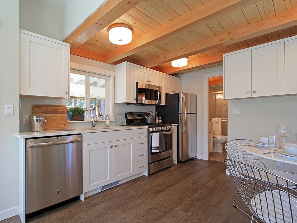 Full Size Appliances - Bellevue by West Coast Homes