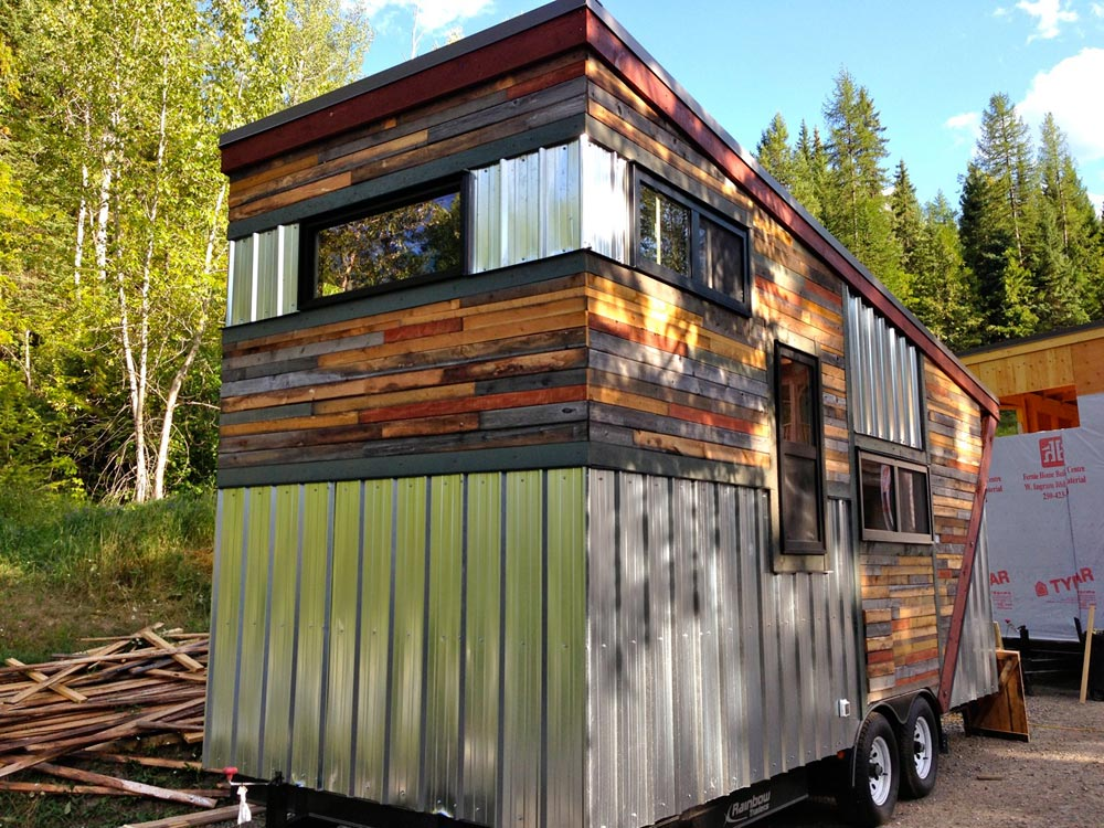 20' Tiny House - Cowboy by Hummingbird Micro Homes