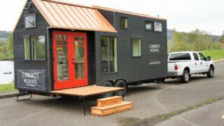 Kootenay Wine Tasting Room by TruForm Tiny