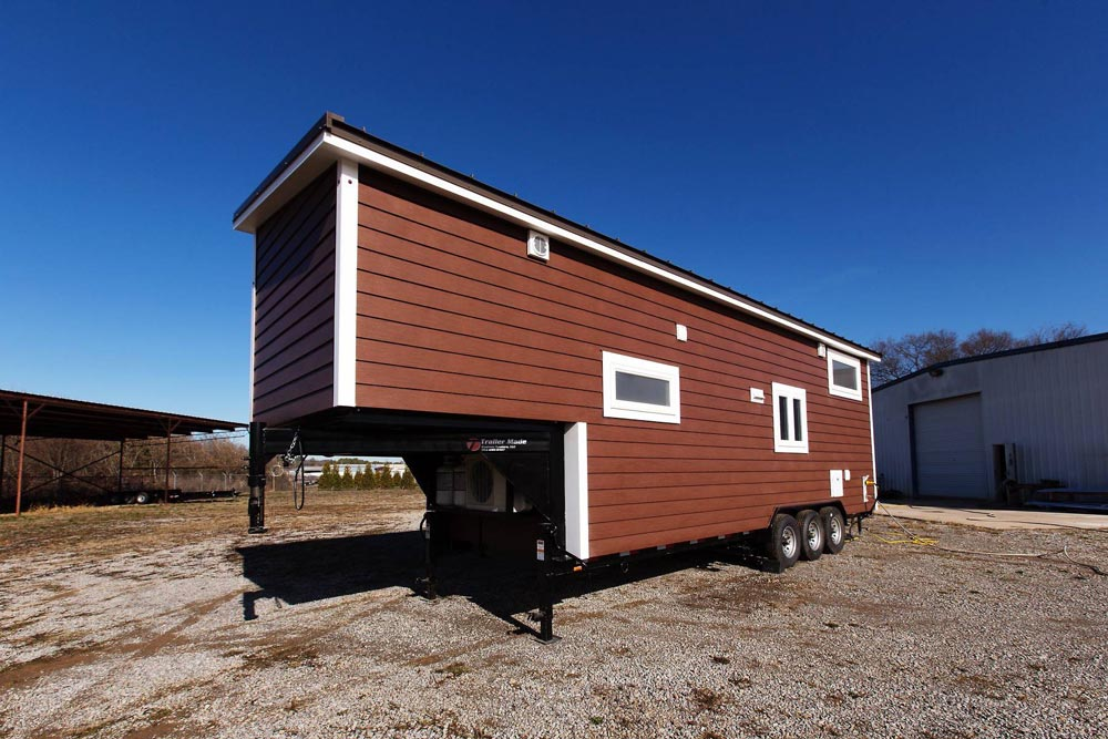 Gooseneck Tiny House - Lookout v2 by Tiny House Chattanooga