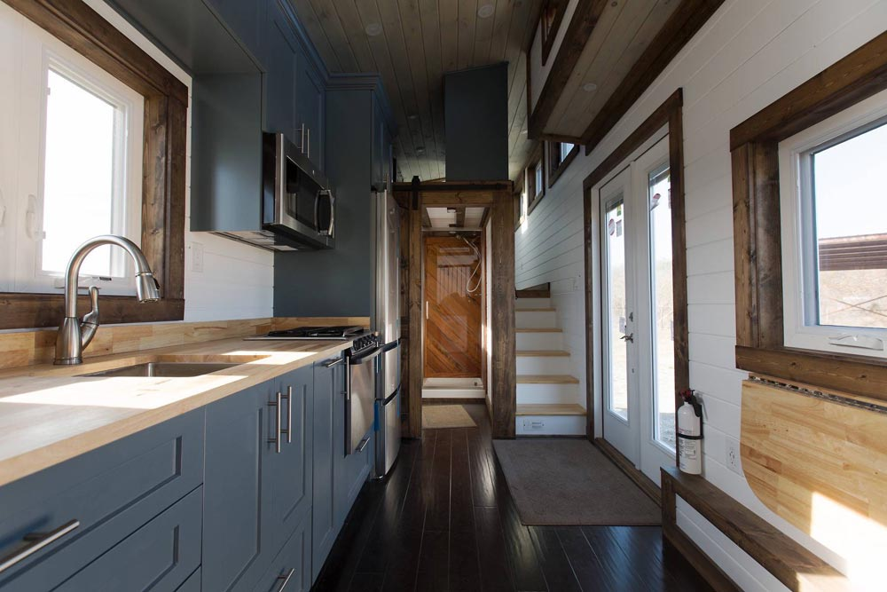 Lookout v2 by tiny house chattanooga tiny living for The lookout tiny house
