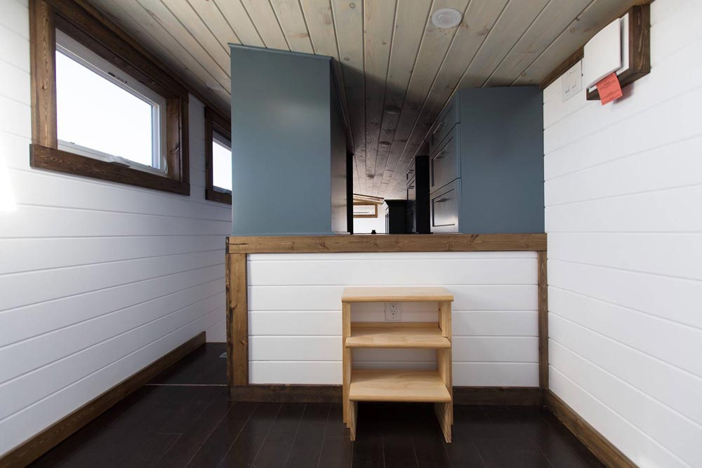 Closet Access - Lookout v2 by Tiny House Chattanooga