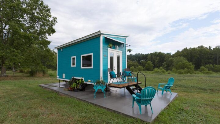Nixie by Tiny House Chattanooga