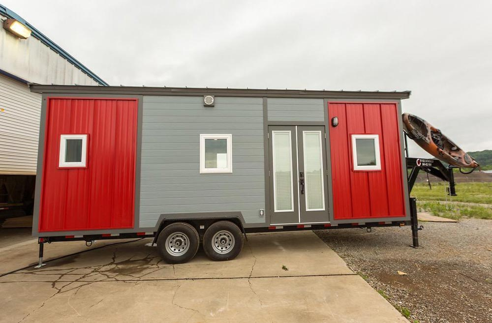 Outlander by Tiny House Chattanooga