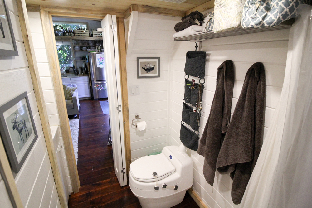 Bathroom - Urban Cabin by Portable Cedar Cabins