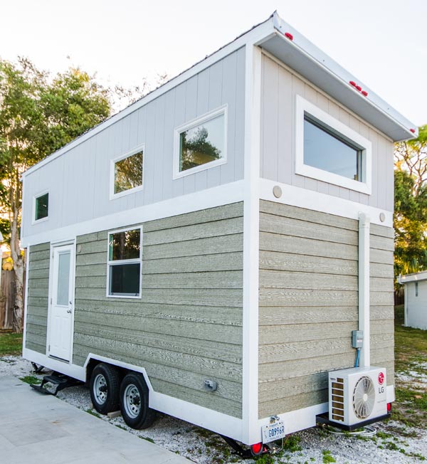 20' Tiny House - Amy at Tiny Siesta