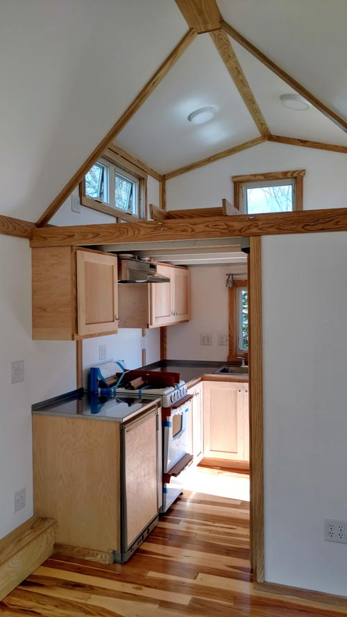 Kitchen - Breathe Easy by Tiny Green Cabins