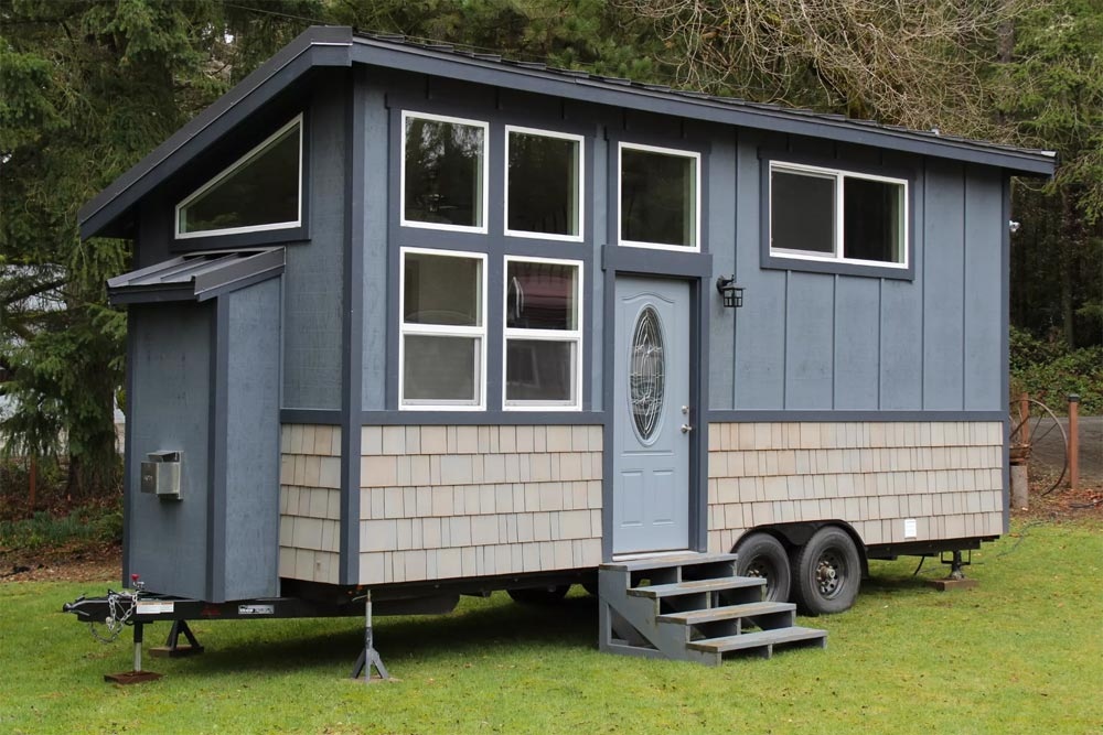 King 39 s loft by tiny houses of washington tiny living for Small house builders washington state