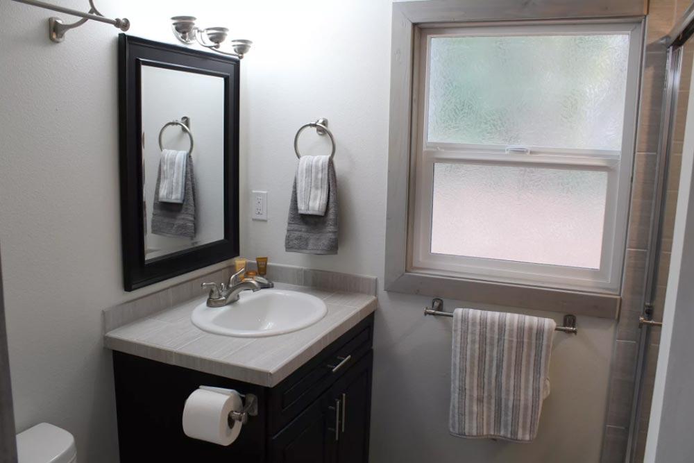 Bathroom - King's Loft by Tiny Houses of Washington