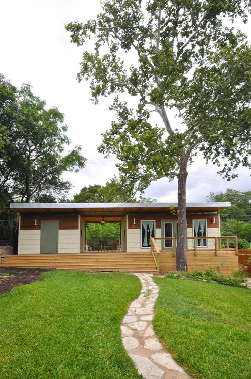 Exterior View - Modern Studio + Shed by Kanga Room Systems