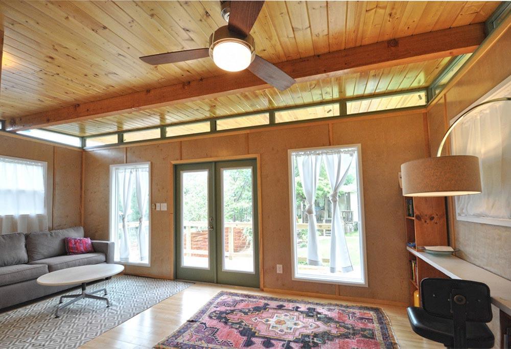 Large Windows - Modern Studio + Shed by Kanga Room Systems